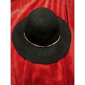 Madden Girl Wool Hat